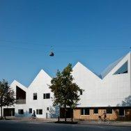 Centro de salud Nord Architects 6