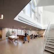 Centro de salud Nord Architects 8