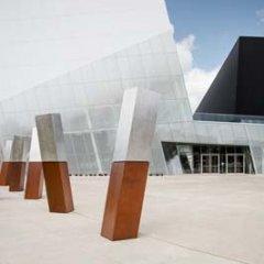 CSSL Complexe Sportif de Ville St-LaurentdeSaucier+Perrotte Architectes/HCMA