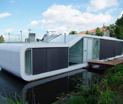 Watervilla, vivienda flotante en el río Amstel