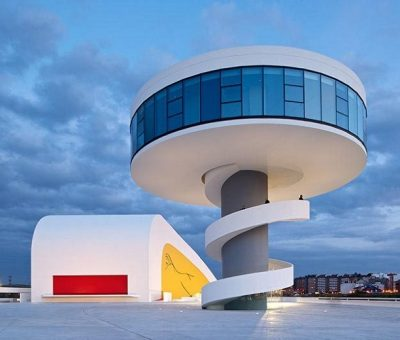 Niemeyer, curvas sensuales en Avilés