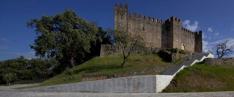 Comoco, Cafe de la Colina, Castillo de Pombal,  tecnne