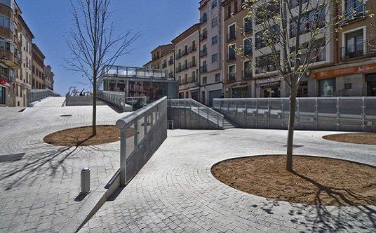 Espacio público debajo del espacio público