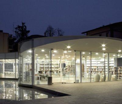 Biblioteca de Maranello, sinuosidad disuelta