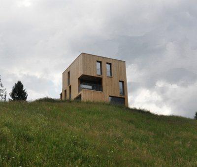 Casa que agita el valle