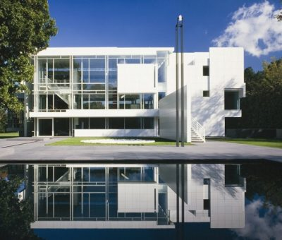 Richard Meier, pantallas y transparencias