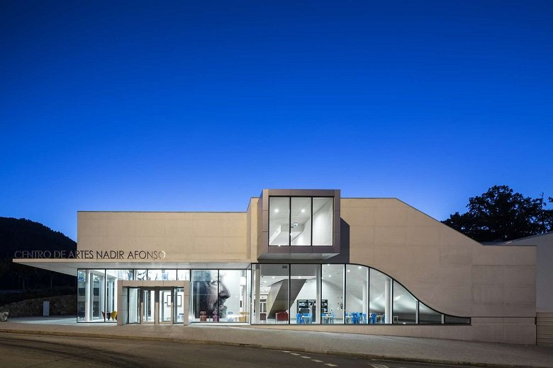 Centro de Artes Nadir Afonso tecnne
