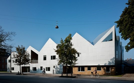 Centro de salud Nord Architects TECNNE