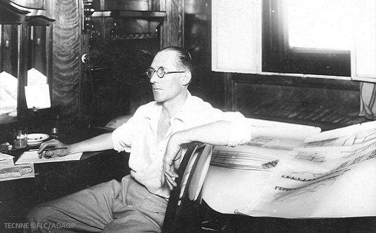 1. Le Corbusier aboard Lutetia, 1929 FLC ADAGP, TECNNE