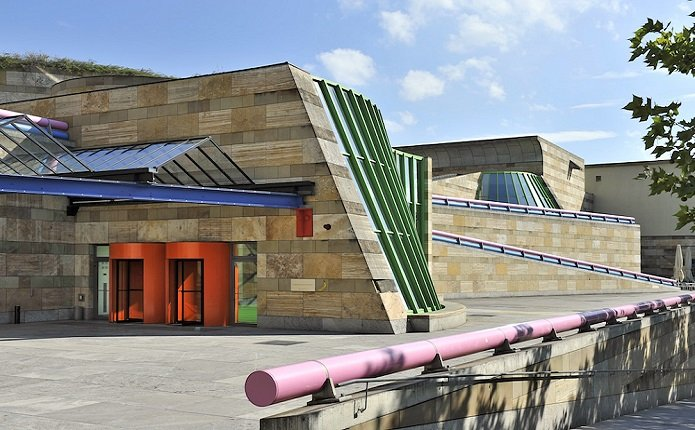 James Stirling, Staatsgalerie Stuttgart tecnne