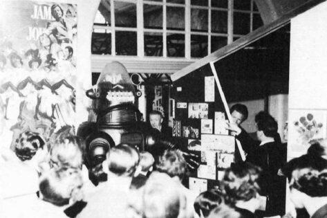 Richard Hamilton, John McHale, John Voelcker, Robbie the Robot 1956, tecnne
