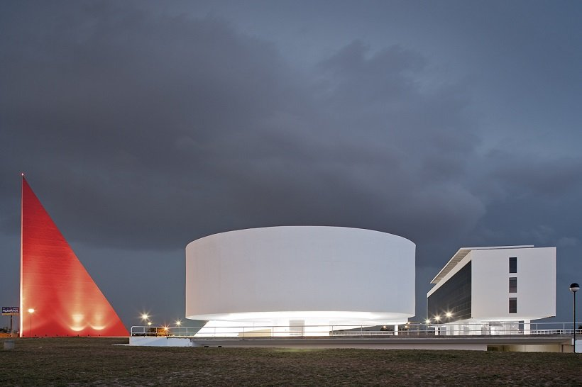 Oscar Niemeyer, Centro Cultural Goiânia, tecnne